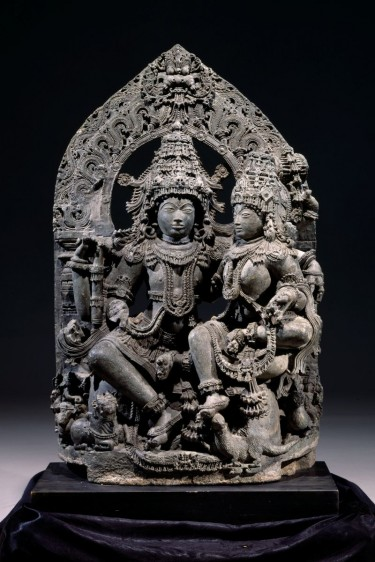 Shiva and Parvati (Uma-Mahesvara). India, Halebid region, Karnataka, 12th-13th centuries. Chloritic schist. Museum purchase with funds provided by the 1990 Museum Dinner and Ball, 1990.109.