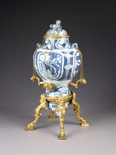 Perfume Fountain. Paris, France, about 1710. Porcelain with underglaze blue enamel decoration and gilt bronze. 17 1/4 × 10 inches. The Eugenia Woodward Hitt Collection, 1991.22a-b.