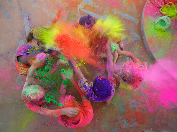 kids-holi-india_64200_600x450 national geographic