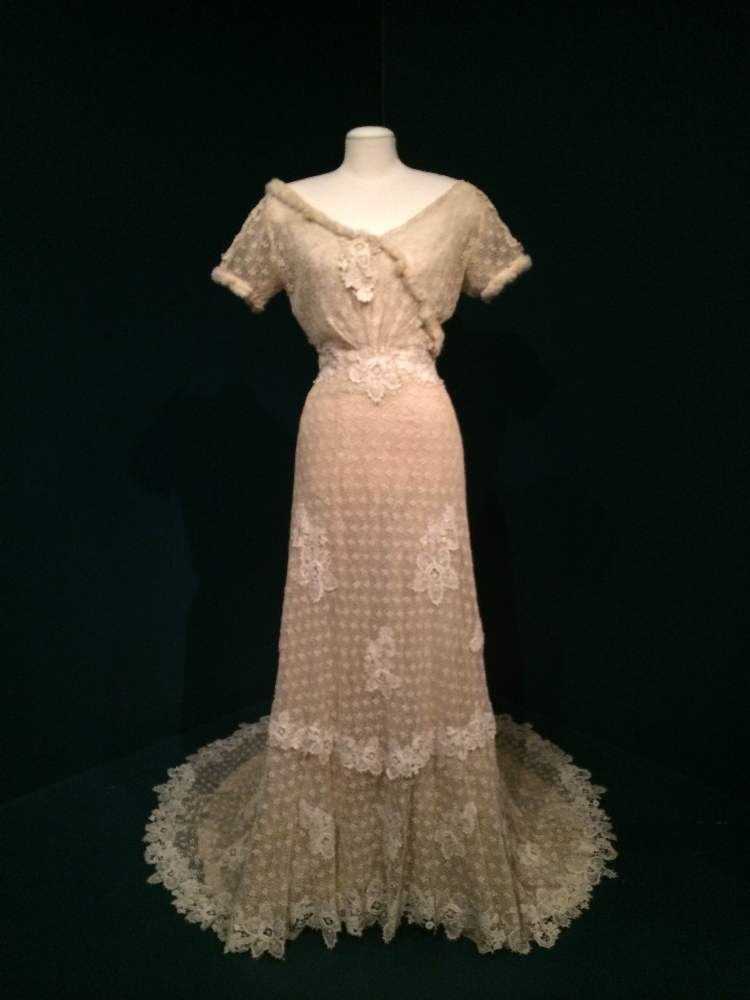 """Wedding Dress"" (1920-1930), Cincinnati, Ohio. Cotton, crepe, fur, and silk. Collection of the Art Fund, Inc. at the BMA. Gift of Mr. and Mrs. Charles Ireland. AFI19.1982.70."