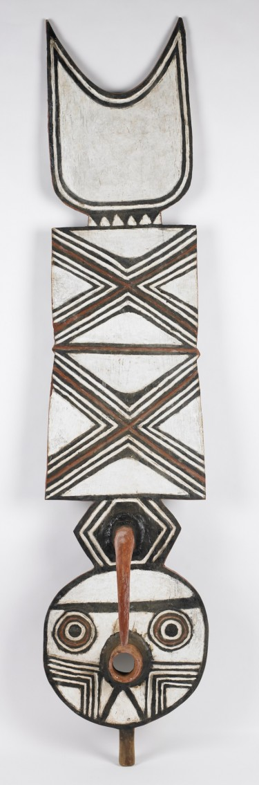 Plank Mask (nwantantay). Late 20th century. Yacouba Bonde Bwa people, Village of Boni, Burkina Faso (born 1963). Wood, pigment. 77 × 14 × 12 inches. Museum purchase with funds provided by Martha Pezrow, 2004.54.