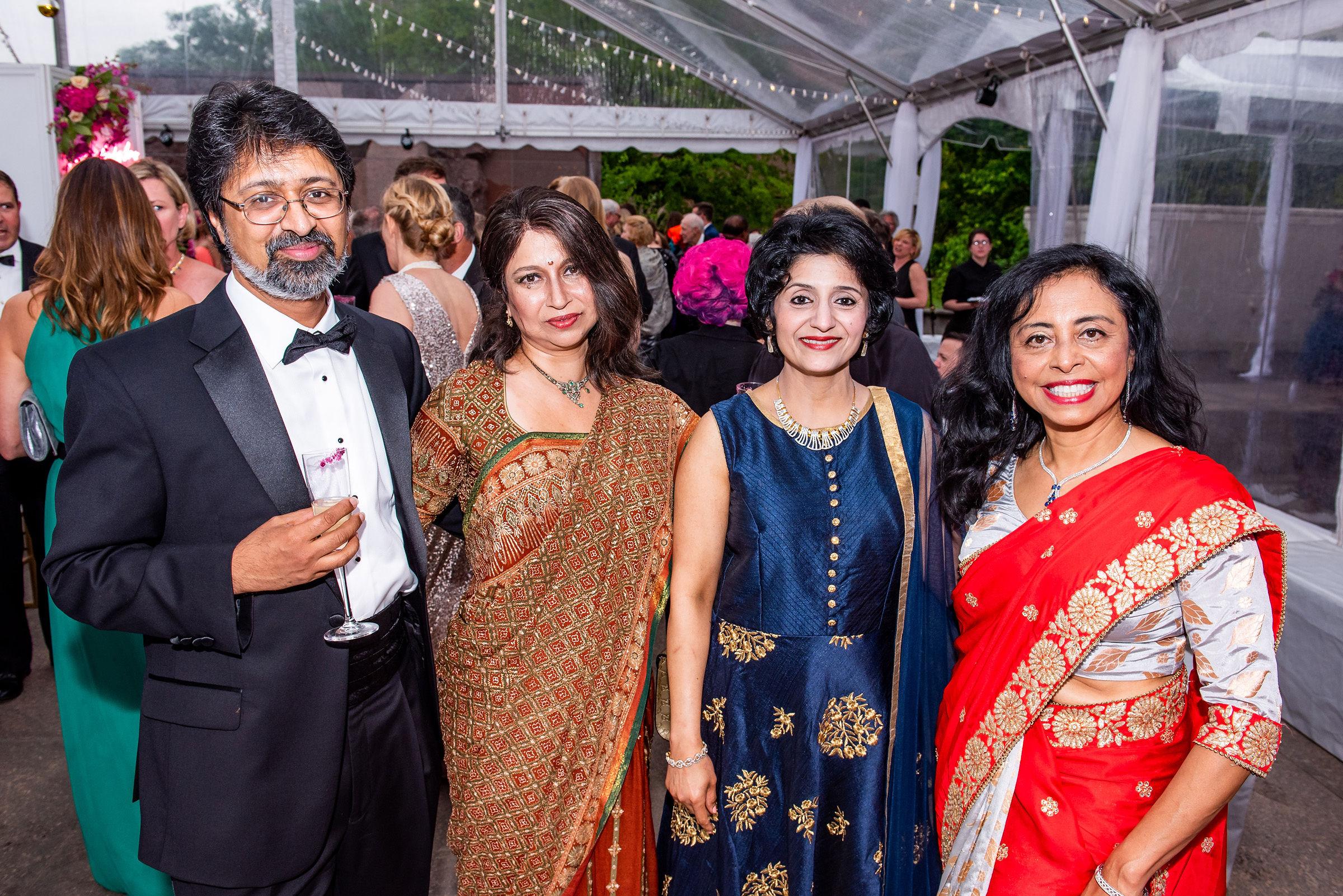 Sanjeev Chaudhuri, Pia Sen, Ambika Ashraf, Dora Singh