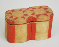 Double trinket box with lid. Sections the sides made of one piece of wood. The corners are red. The bottom dimensions listed above. A rare form. The Terr. Museum has a larger box like this.