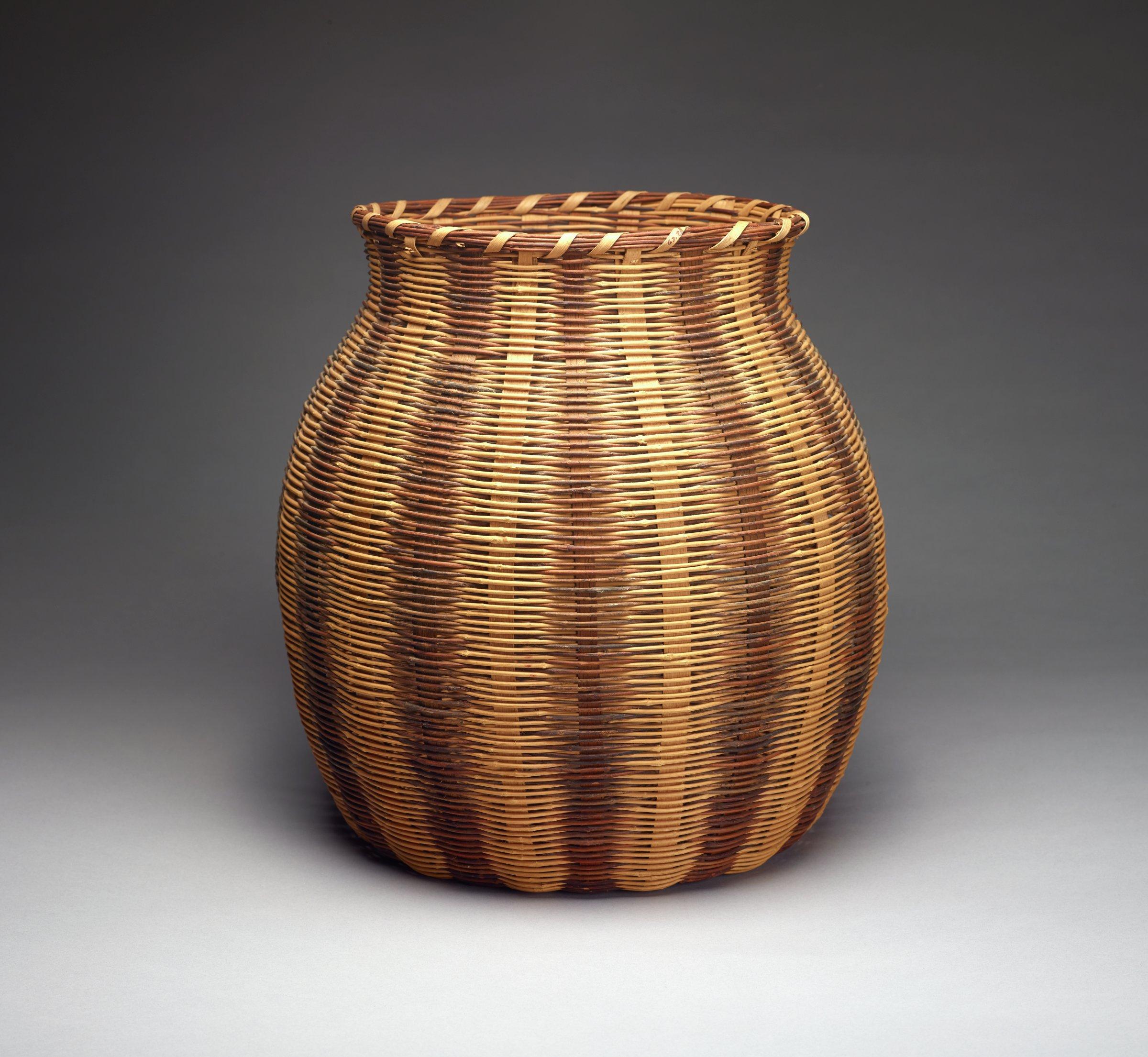 Basket, Cherokee people, Native American, honeysuckle vine