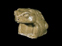 Water dropper in the shape of a toad with molded leaf decoration