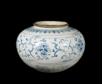 Bowl with peony sprays, lotus petal collar above and lappets below, all painted in underglaze cobalt blue oxide, with silver rim.