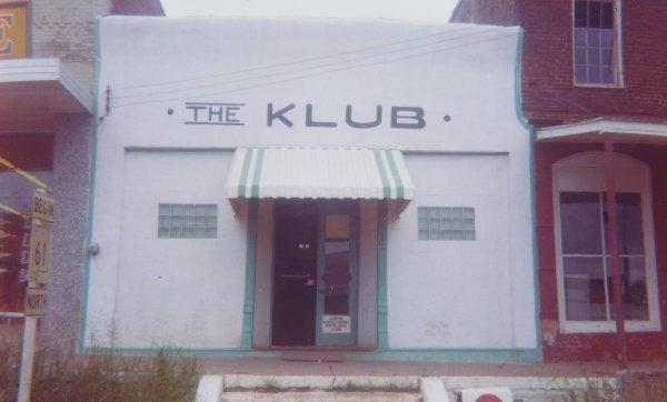The Klub, Uniontown, Alabama, William Christenberry, chromogenic print