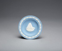 Blue jasper dish with white relief commemorating the Beth Shalom Synagogue in Pennsylvania