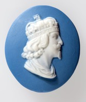 Oval blue jasper button with white relief profile portrait of King Charles I by Marie La Barre Bennett. Marie created studio art pottery between 1953 and her death in 1969 after which all of her moulds were destroyed.
