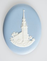 Oval blue jasper medallion with white relief of Trinity Church, Newport, RI, with original leatherette box