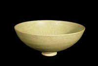 Bowl with incised decoration of eight Buddhist precious objects.