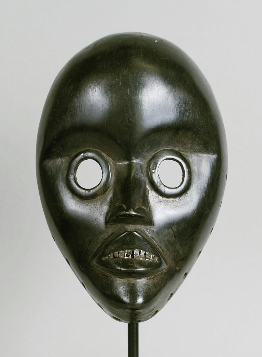 Mask, Dan people, Côte d'Ivoire, Dent du Main, African, wood, aluminum