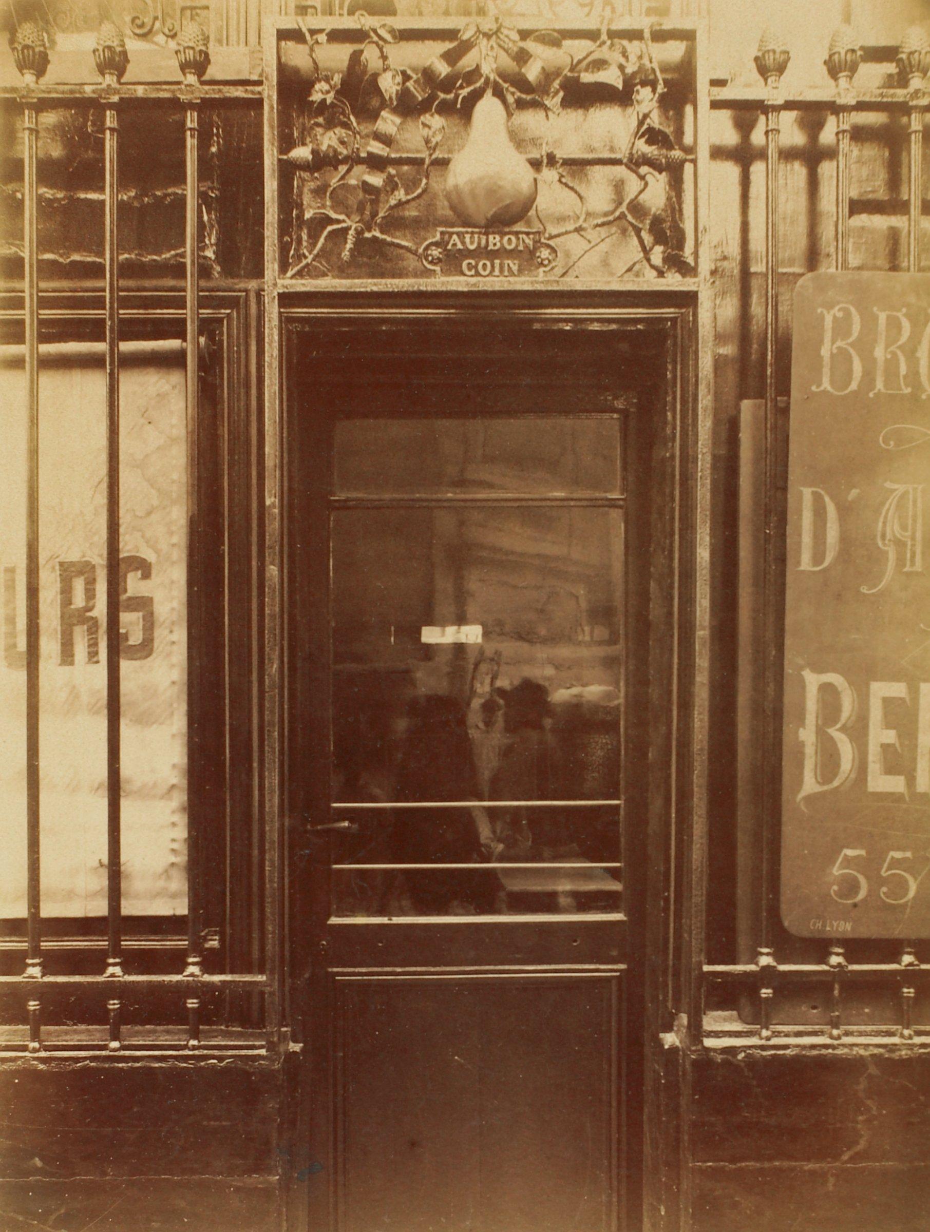 Au Bon Coin, rue des Haudriettes, Eugène Atget, gelatin silver print