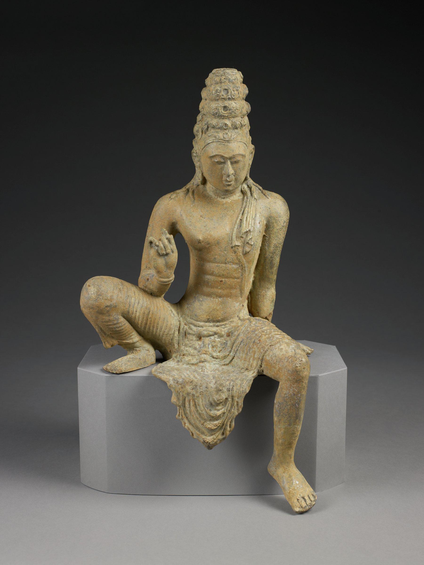Large image of Avalokitesvara seated in pose of Royal Ease