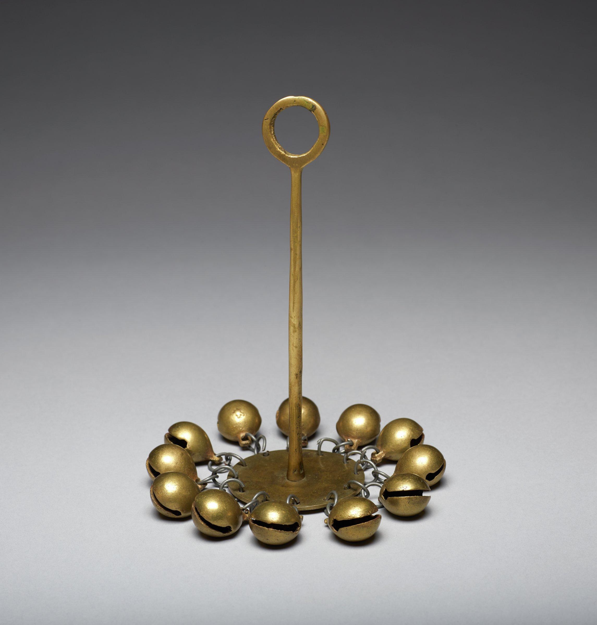 Shaman's Bell, Korea, brass